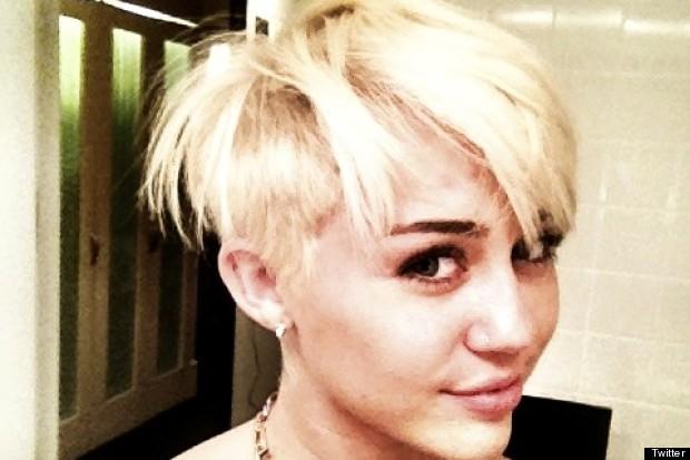 Eu  Entei Aqui Sobre O Novo Cabelo De Miley Cyrus   Se Lembrar  N  O